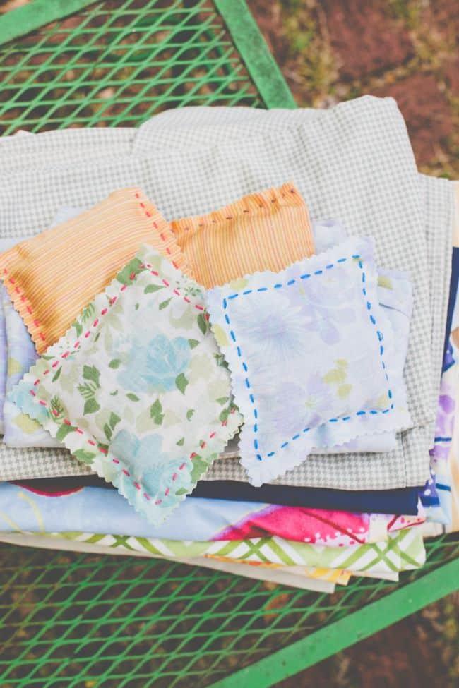 DIY lavender dryer sheets | HelloNatural.co