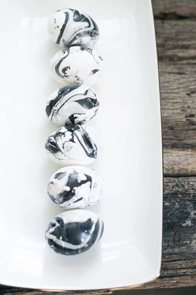 Black & White Marbled Eggs | HelloNatural.co