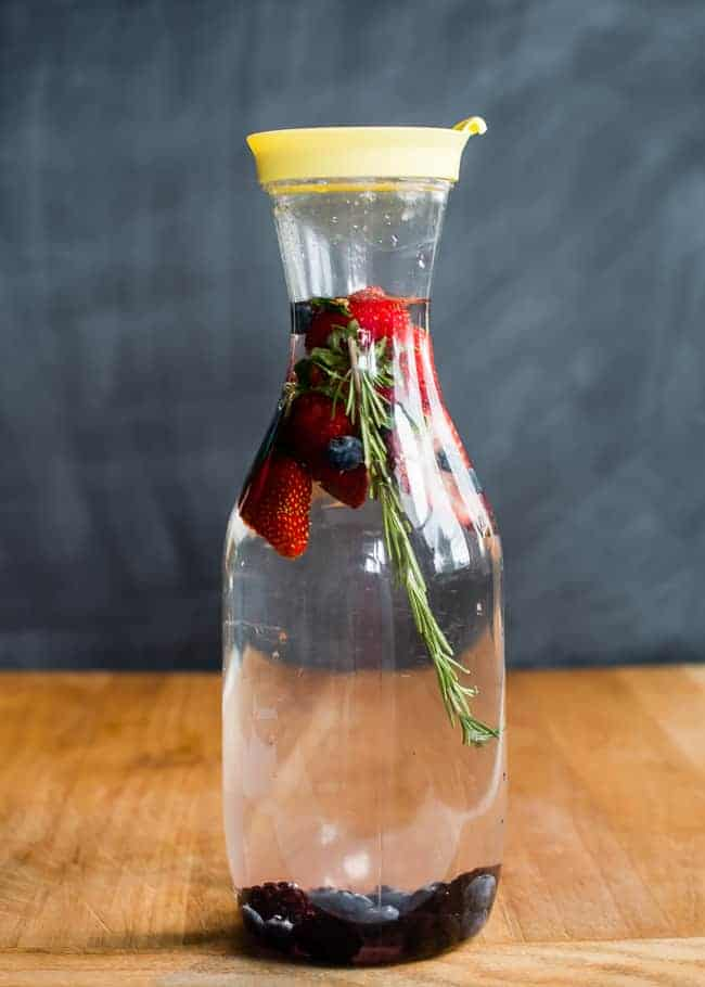 Infused Water 3 Ways | HelloNatural.co