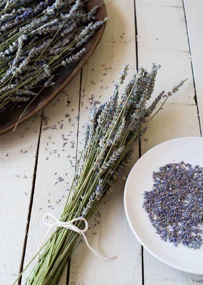 How To Dry Lavender | HelloNatural.co