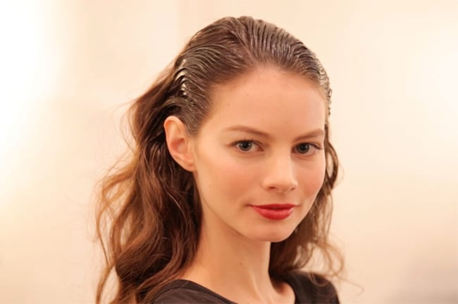 10 quick hairstyle tutorials for wet hair   Hello Natural