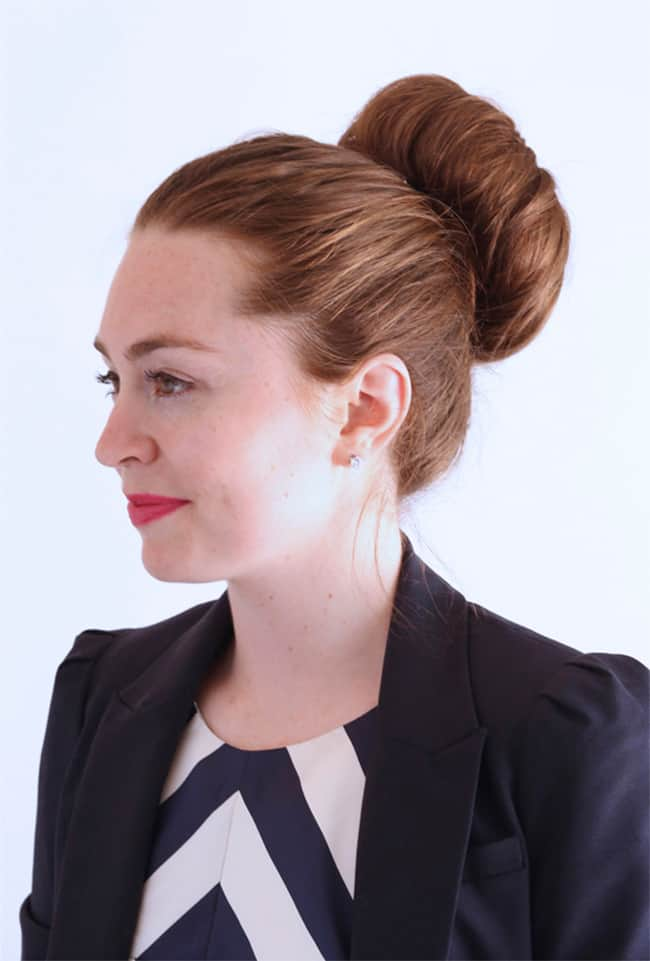 How to get the perfect bun by Ginger Side of Life | 12 Bun Tutorials