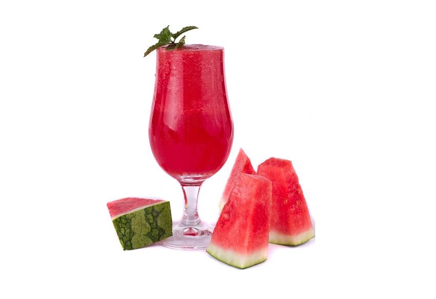 أفضل طريقة لعمل عصير البطيخ