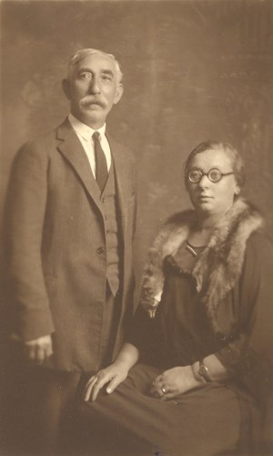 "John ""Zelig"" Broida and his second wife, Fannie (Rubenstein?) Broida, 2 November 1924."