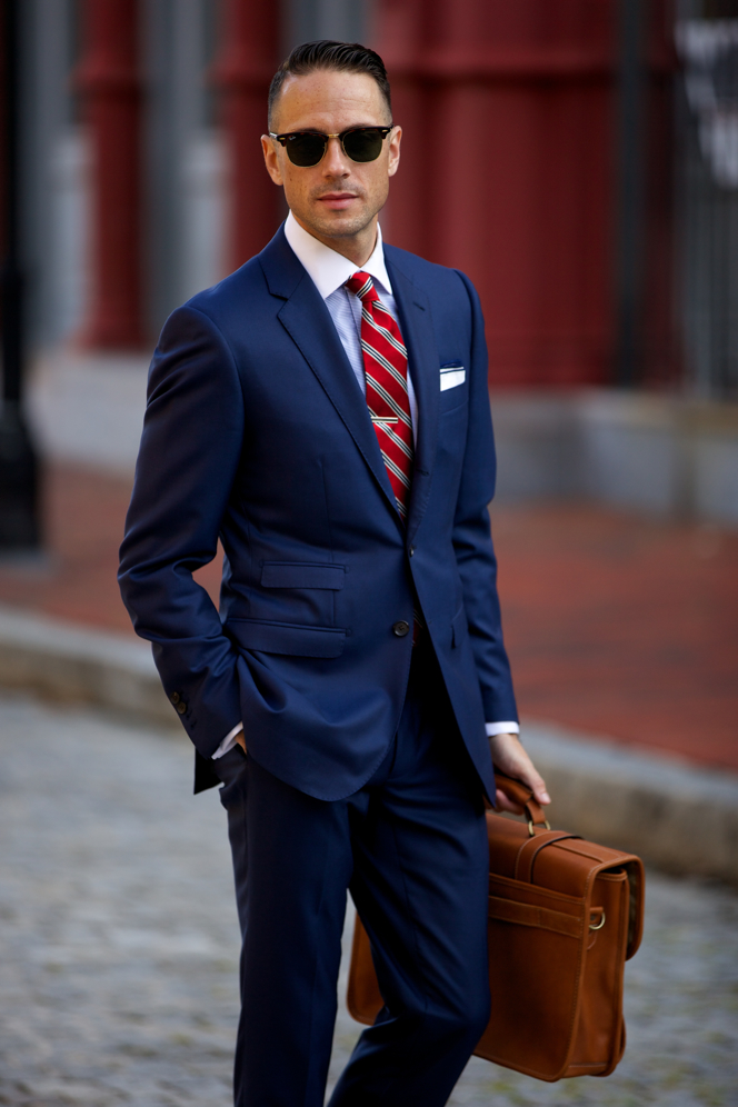 Mar 18,  · Power Suits: How Dressing For Success At Work Can Pay Off Being better dressed can give you a psychological boost that makes you behave more like a leader. One study found that men .