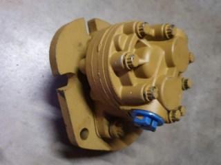 HD16B Steering pump (3)
