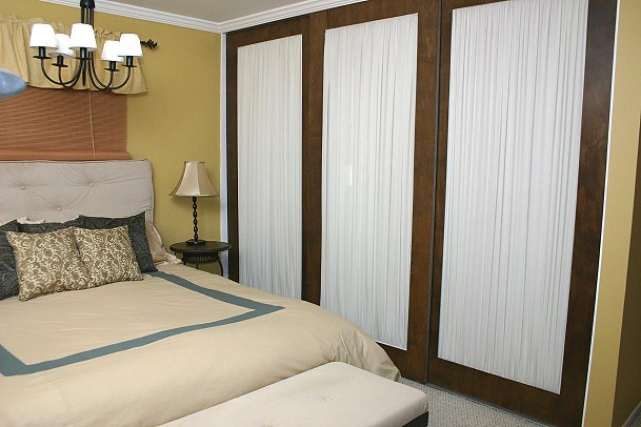 Affordable Mobile Home Mirrored Closet Doors Menards How To Repurpose Mirrored Closet Doors How To Repurpose Mirrored Closet Doors Hgtv Mirrored Closet Doors houzz-03 Mirrored Closet Doors