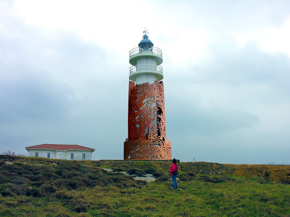 JUANJO NOVELLA LIGHTHOUSE