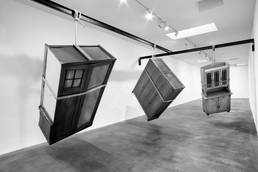 Jannis Kounellis armoire