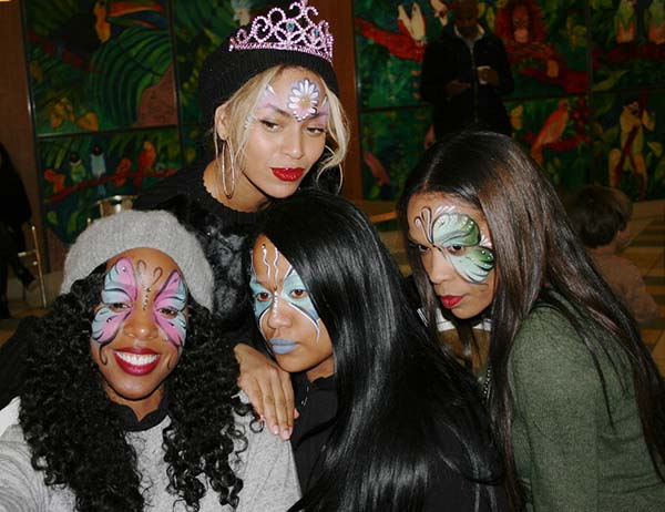 Blue-Ivys-Birthday-Party-with-Kelly-Rowland-Beyonce-and-Michelle-Williams-of-Destinys-Child