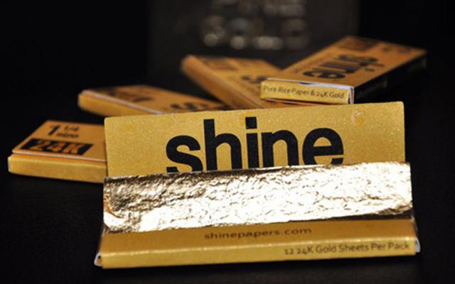Tyga Invest  5 Million Into 24 Karat Gold Rolling Papers 9hW7afpM