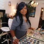 "Exclusive: Celebrity Make-Up Artist Toni Acey Talks ""Black Girls Rock"" and Michelle Obama"