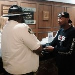 """Periscope Exclusive: Activist/Rapper @KwameRose Confronts Black Chicago Cops """"Why Don't You Want to Shake My Hand?"""""""