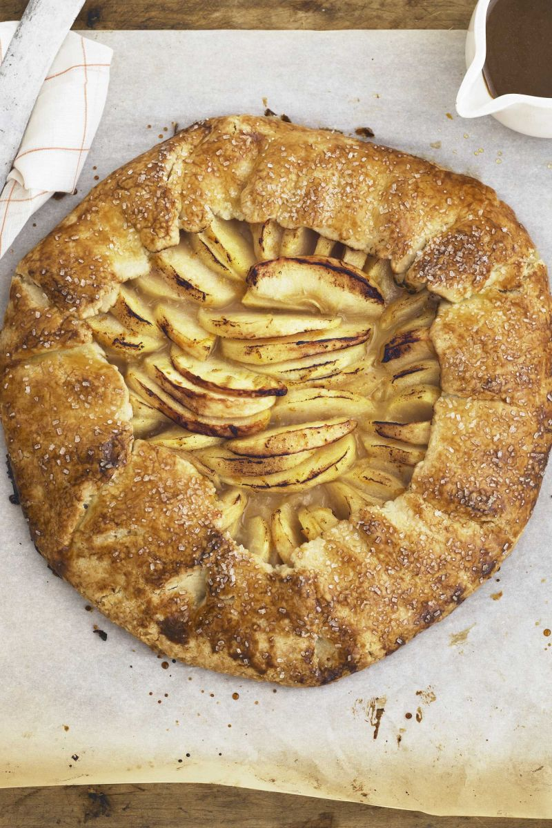 Large Of Cinnamon Swirl Apple Pie