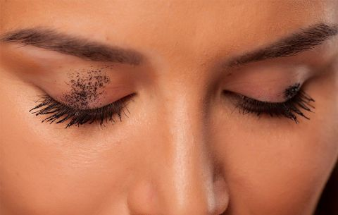 Mascara Tips Prevent Smudging