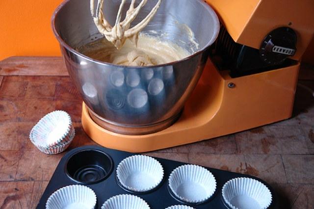 Custard Cream cupcake dough | H is for Home
