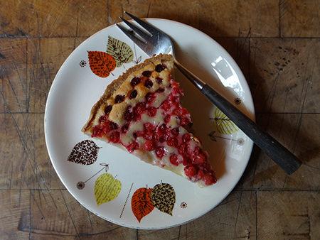 slice of redcurrant mazarin tart