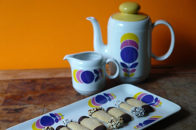 Home-made Viennese fingers and vintage tea set | H is for Home