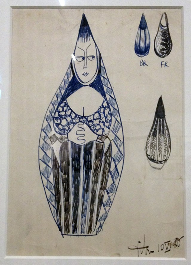Tigoware sketch by Tibor Reich displayed at the Whitworth