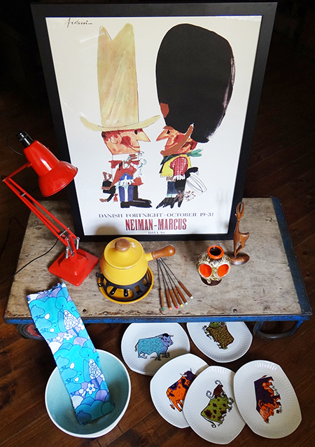 Selection of vintage collectables heading to the H is for Home shop - September 2015