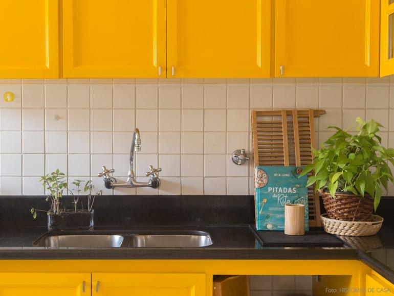 04-decoracao-armario-pintado-amarelo