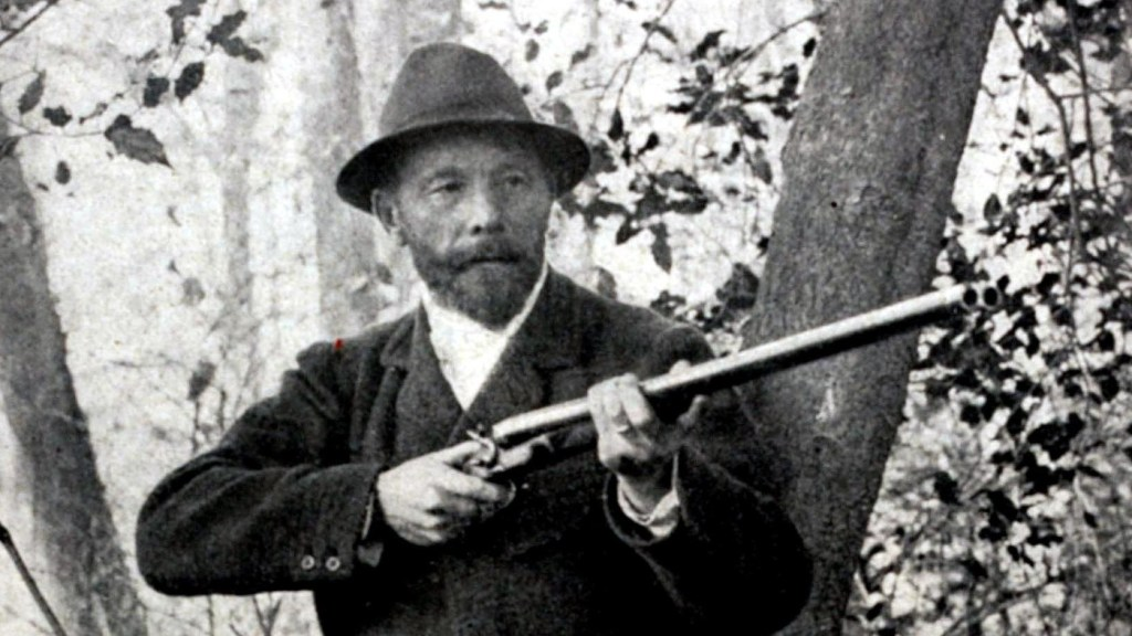 Leon de Lunden of Belgium won the live pigeon shooting event at the 1900 Olympics in Paris -- the only time in Olympic history when animals were killed on purpose.