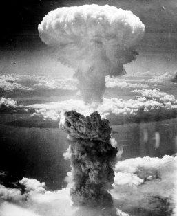 hiroshima-a-bomb-mushroom-cloud