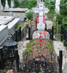 0006-causescu-grave-ghencea-cemetery
