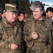 Karadzic en Mladic (links) in 1995