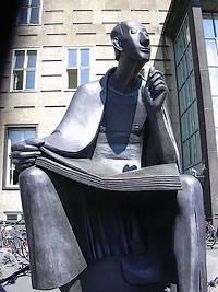 Beeld ter nagedachtenis aan Albertus Magnus in Keulen