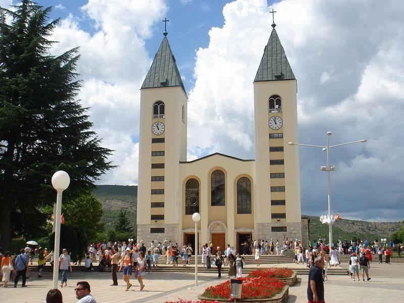 De Sint Jacubus de Meerderekerk, het centrum van de katholieke pelgrimages naar Medjugorje. Foto: CC /  Mariusz Musial