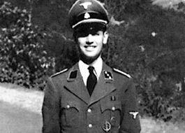Erich Priebke tijdens de Tweede Wereldoorlog