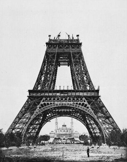 21 augustus 1888: De bouw van de tweede verdieping