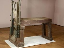 Guillotine waarmee Hans en Sophie Scholl werden gedood