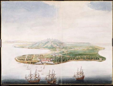 Gezicht op het eiland Banda Neira, met links het dorp Neira; Op de voorgrond is kasteel Nassau afgebeeld, in het midden kasteel Belgica, iets daarboven een redoute. Rechts zijn de perken met nootmuskaatbomen weergegeven. Aquarel, Johannes Vingboons, ca. 1665. Collectie Nationaal Archief.