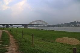 De brug (Fotos: Stiwot)