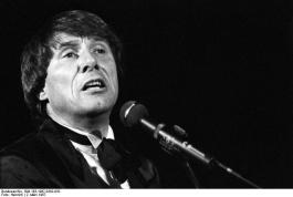 Udo Jürgens in 1987 (cc - Bundesarchiv)