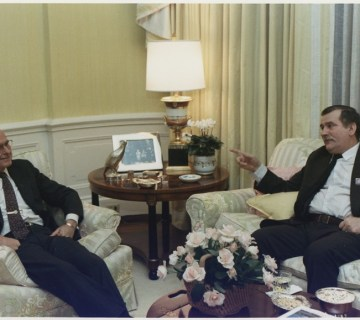 Lech Walesa en president Bush, 14 november 1989 (US Archives)