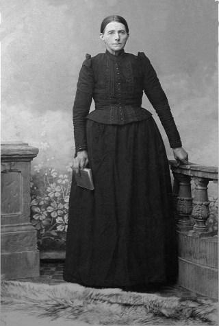 Reina Dijk, weduwe van Antko Drenth