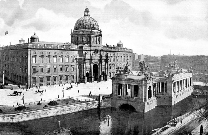 Berliner Stadtschloss rond 1900 (wiki)