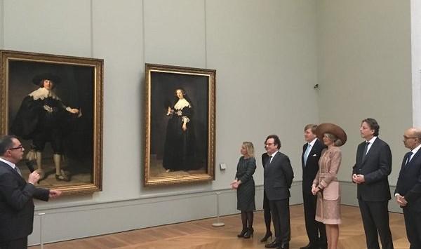 Rembrandt-portretten bezichtigd door koningspaar (Koninklijk Huis)