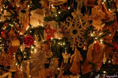 dsc_0273-xmas-tree-decorations.jpg