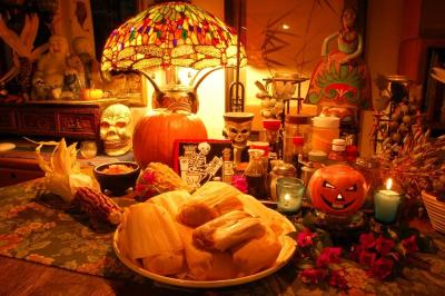dsc_0096-halloween-table-setting.jpg