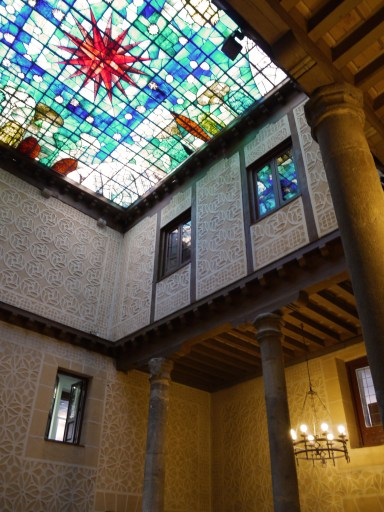 Palacio de Cascales on calle Platero Oquendo – stained glass window ceiling by Carlos Muñoz de Pablos - Segovia, Spain (3) - Segovia Free Walking Tour + Monument & Sights Guide