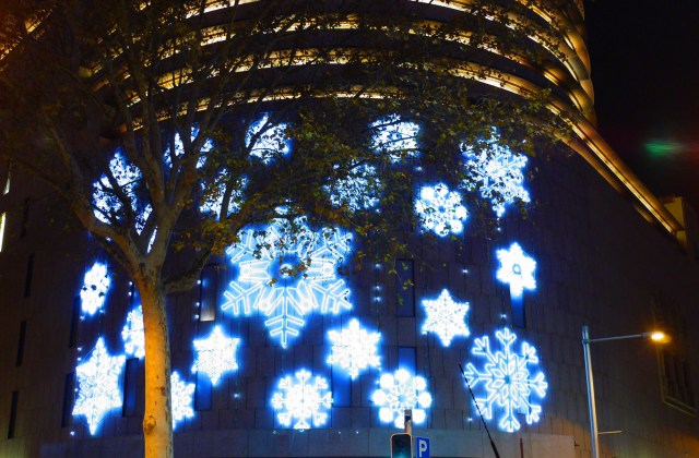Placa Catalunya, Barcelona, Spain - Christmas decorations, photography challenge
