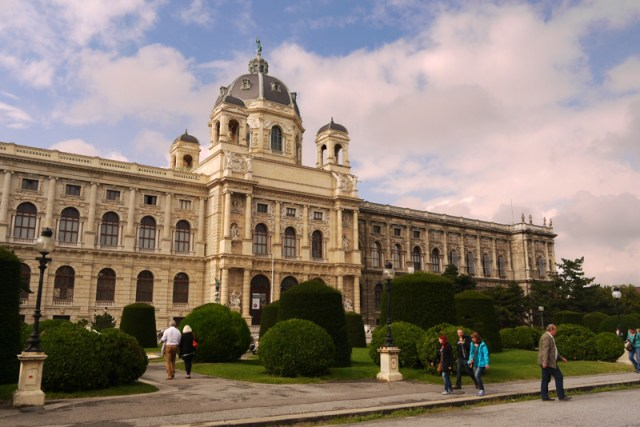 The end of our 2-month hitch-hiking trip across the Balkans and the last days in Vienna