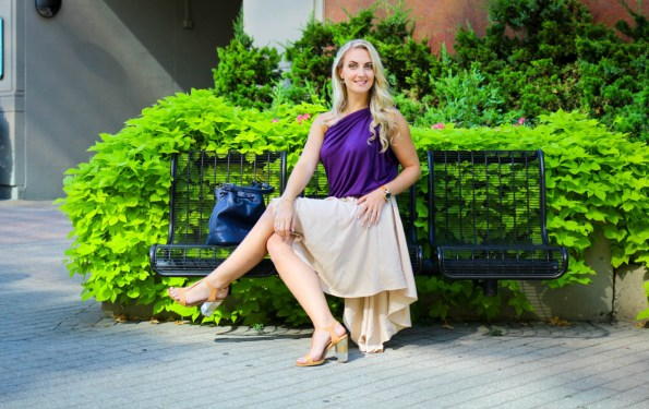 One Look, One Lesson: Featuring a convertible dress from HipKnoTies you can wear 30 ways; learn why you're experiencing resistance when it comes to finding confidence and what to do about it.