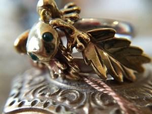 リング 彫金カエル