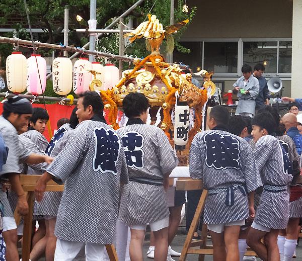 <綱島・諏訪神社の例大祭>2016年は8/27(土)・28(日)、神輿の担ぎ手募集も