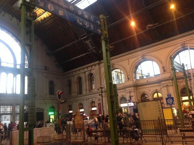 ウィーンからブダペストまで電車移動ブダペストケレティ駅に到着①